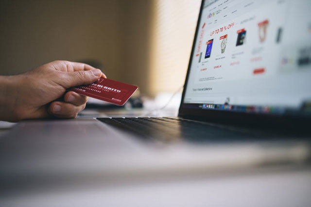 Do's and Don'ts of Online Shopping