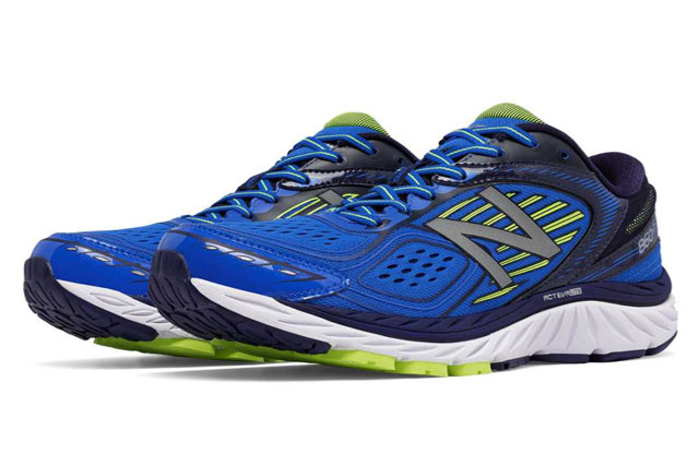 New-Balance-860-Perfect-for-Fast-Walking