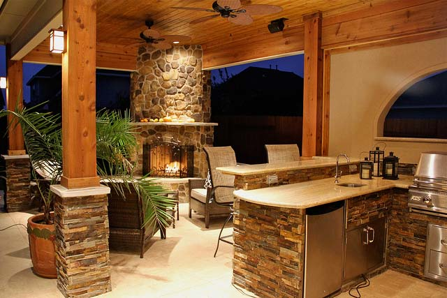 Welcoming-Fire-Place-Rustic-homes