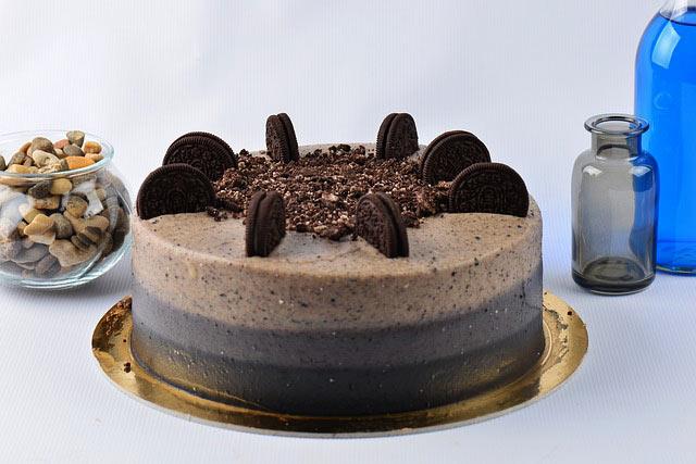 Adult birthday idea of oreo cake