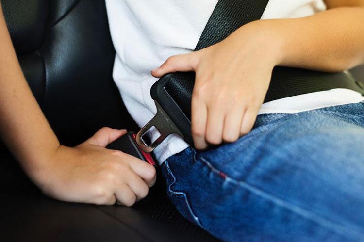 seat belt during driving